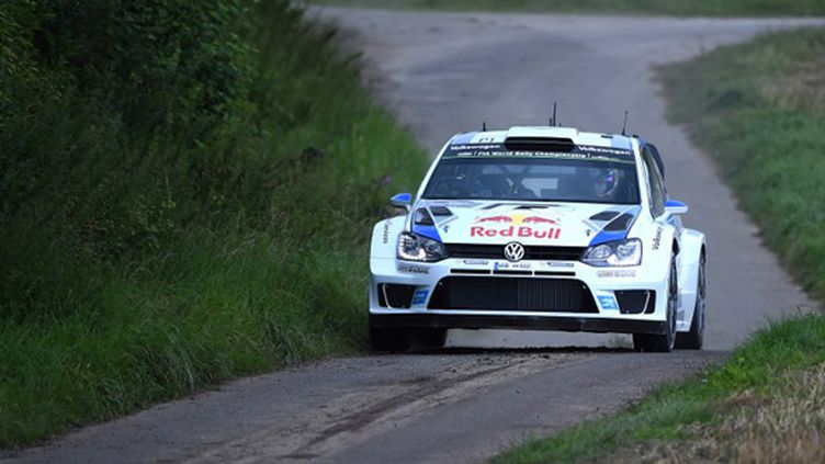 Sébastien Ogier (Volkswagen) (PATRIK STOLLARZ / AFP)