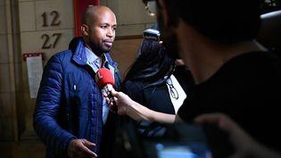 Le rappeur Rohff,le 29 septembre 2017, lors de son procès en première instance pour les violences commises dans une boutique du rappeur Booba. (LIONEL BONAVENTURE / AFP)