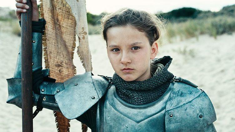 """Lise Leplat Prudhomme joue le rôle de Jeanne d'Arc dans """"Jeanne"""" de Bruno Dumont. (3B Productions)"""