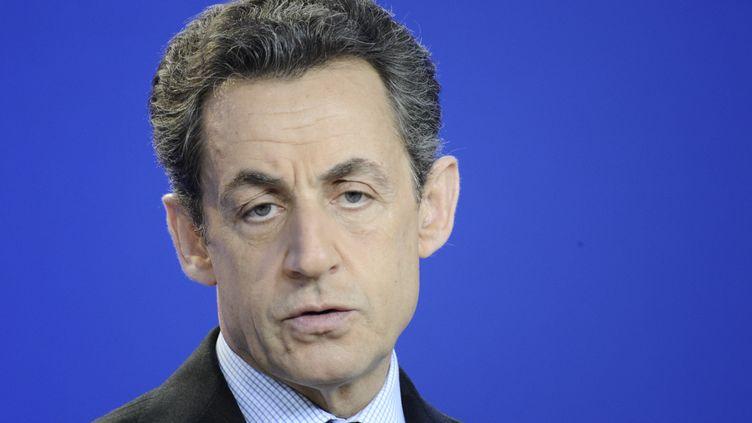 Nicolas Sarkozy, lors d'une conférence de presse le 2 mars 2012 à Bruxelles (Belgique). (LIONEL BONAVENTURE / AFP)