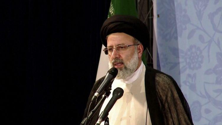 Iran : les défis à relever pour Ebrahim Raïssi. (FRANCEINFO)