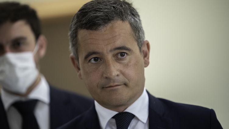 Le ministre de l'Intérieur, Gérald Darmanin, en visite à Saint-Laurent-sur-Sèvre (Vendée), le 9 août 2021. (ESTELLE RUIZ / HANS LUCAS / AFP)