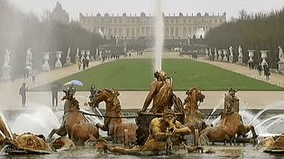 Les Grandes Eaux du châteaux de Versailles se produisent d'avril à Octobre  (France 3 / Culturebox)