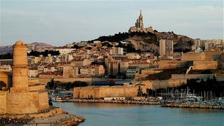 """Marseille, l'entrée du """"Vieux Port"""". (Illustration) (ALEXANDRE FP / MOMENT RF / GETTY IMAGES)"""