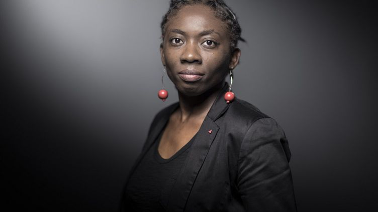 La députée LFI Danièle Obono pose lors d'une session photo à Paris, le 21 novembre 2017. (JOEL SAGET / AFP)
