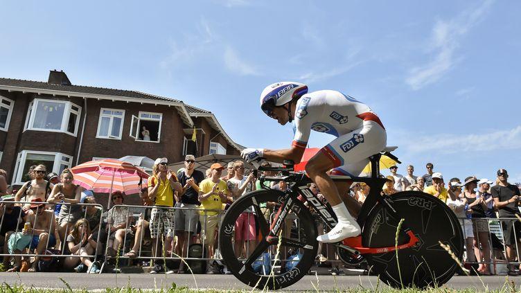 Thibaut Pinot s'est montré très à l'aise sur la première étape du Tour de France 2015 (JEFF PACHOUD / AFP)