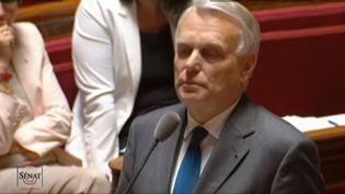 Capture d'écran, jeudi 6 juin 2013, du Premier ministre, Jean-Marc Ayrault, devant les sénateurs. (FRANCETV INFO / PUBLIC SENAT )