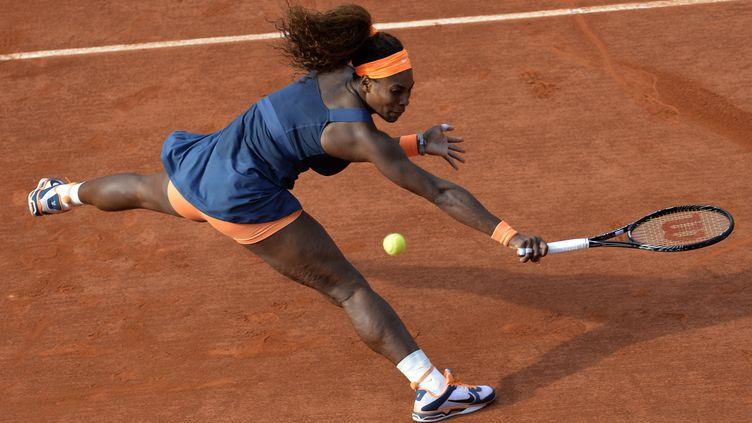 Serena Williams a écrasé son adversaire, jeudi 6 juin, à Roland-Garros. (MIGUEL MEDINA / AFP)