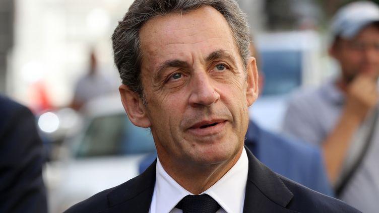 Nicolas Sarkozy lors d'un déplacement à Nice (Alpes-Maritimes), le 17 septembre 2016. (VALERY HACHE / AFP)