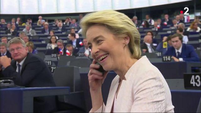 Ursula von der Leyen : du ministère de la Famille à la Défense, qui est la nouvelle présidente de la Commission européenne ?