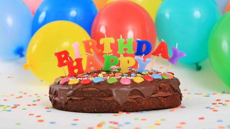(La chanson Happy Birthday fait désormais partie du droit public, ses anciens ayant-droits doivent maintenant rembourser une partie de leurs royalties © Maxppp)