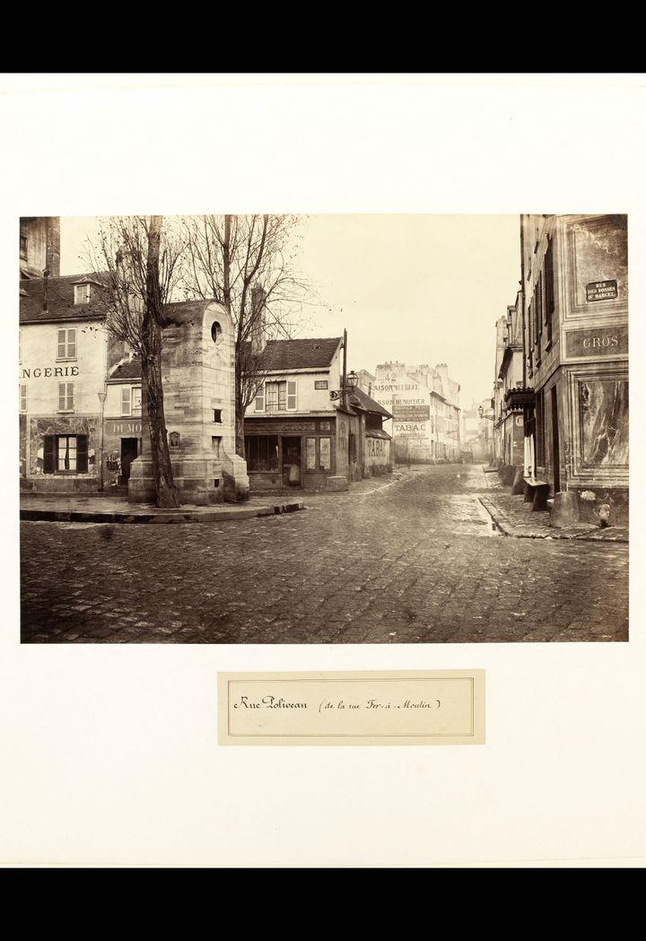 """Charles Marville, """"Rue Poliveau, de la rue du Fer à Moulin"""", Entre 1860 et 1875   (Musée Carnavalet, Histoire de Paris, Paris Musées)"""