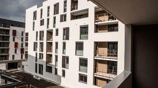 Un chantier de logements sociaux à Fresnes (Val-de-Marne), le 18 avril 2014. (  MAXPPP)