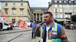 Yann Augras, le 31 juillet 2017 devant le tribunal de Poitiers. (GUILLAUME SOUVANT / AFP)