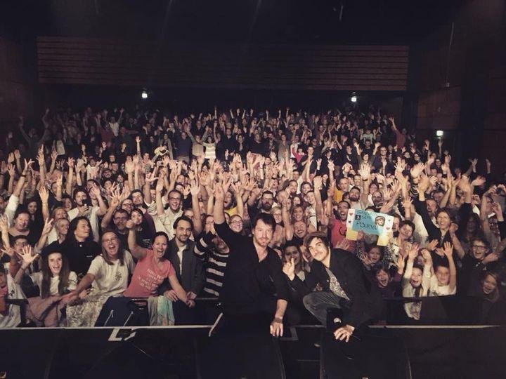Martial et Gauvain avec leur public à Annecy le 22 novembre 2017  (DR)