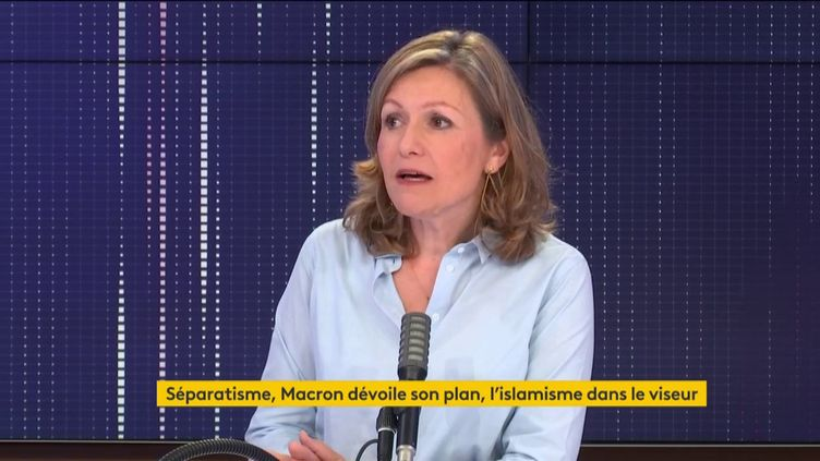 """Yaël Braun-Pivet, présidente de la commission des lois de l'Assemblée nationale et députée LREM des Yvelines, était l'invité du """"8h30 franceinfo"""" le 3 octobre 2020. (FRANCEINFO / RADIOFRANCE)"""