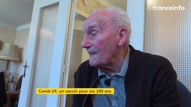 En Saône-et-Loire, un habitant se fait vacciner le jour de ses cent ans