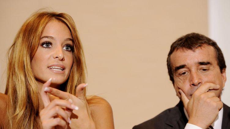 Jade Foret et Arnaud Lagardère, le 17 octobre 2011, à Bruxelles (Belgique). (ERIC LALMAND / BELGA MAG / BELGA / AFP)