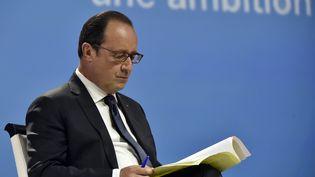 Le président de la République, François Hollande, assiste au Congrès de la mutualité française à Nantes (Loire-Atlantique), le 12 juin 2015. (GEORGES GOBET / AFP)
