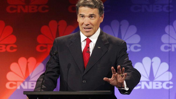 Le candidat aux primaires républicaines et gouverneur du Texas, Rick Perry, lors du débat entre candidats mercredi 9 novembre dans le Michigan (Etats-Unis). (REUTERS)