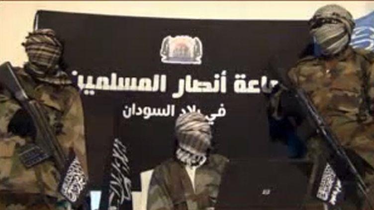 Capture d'écran d'une vidéo du groupe extrémiste nigérianAnsaru, publiée le 24 décembre 2012. (JAMA'TU ANSARUL MUSLIMINA FI BIL / AFP)