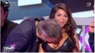 """Jean-Michel Maire embrasse la poitrine d'une jeune femme sans son accord, sur le plateau de l'émission """"Touche pas à mon poste"""" sur C8, le 12 octobre 2016. (C8)"""