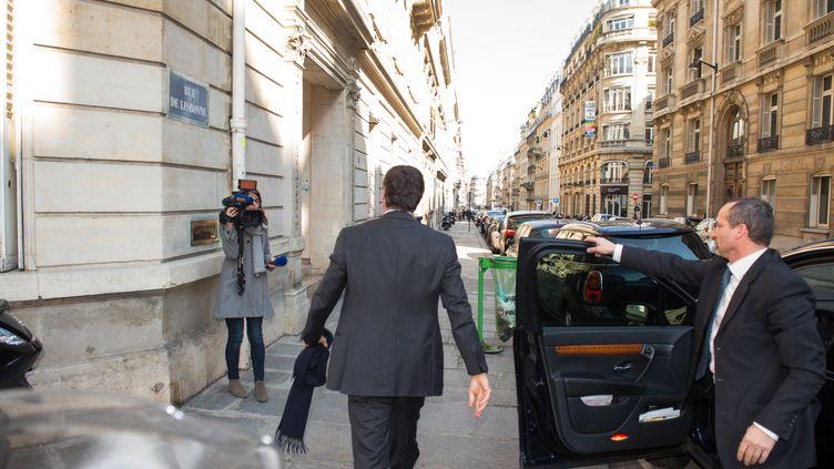 Jérôme Cahuzac, lors de son arrivée aupôle financier de Paris, le 2 avril 2013. (MARTIN BUREAU / AFP)