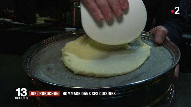Décès de Joël Robuchon : l'hommage de ses équipes en cuisine