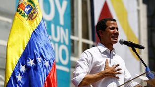 Juan Guaido, président de l'Assemblée nationale du Venezuela, et reconnu comme président par intérim du pays par une partie de la communauté internationale, lors d'un meeting à Caracas le 16 février 2019. (MARCO BELLO / REUTERS)