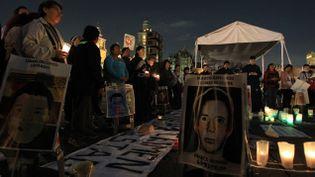 (Manifestation, le 5 novembre à Mexico, en hommage aux étudiants disparus © Maxppp)