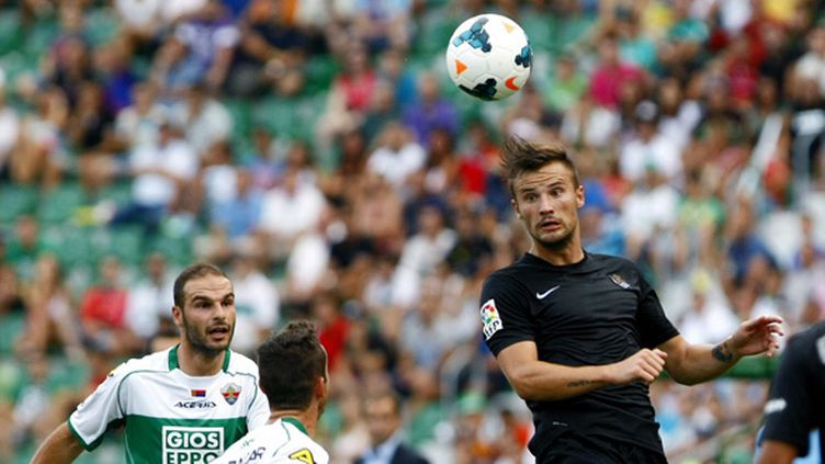 Haris Seferovic et ses partenaires ont concédé le nul 1-1 face au promu Elche (MANUEL LORENZO / MAXPPP)
