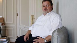Le chef pâtissier Pierre Hermé pose à Paris, le 9 juin 2016. (FRANCOIS GUILLOT / AFP)