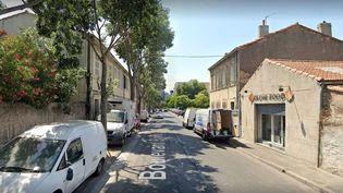 Le boulevard Barry, dans le 13e arrondissement de Marseille (Rhône), où l'agresseur présumé a été interpellé non loin de l'établissement scolaire Yavné.  (GOOGLE MAPS)