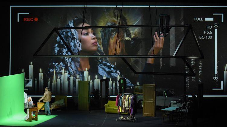 """Nadine Sierra (Norina) et Florian Sempey (Dottor Malatesta) dans """"Don Pasquale"""" de Donizetti à l'Opéra Garnier.  (Vincent Pontet / Opéra national de Paris)"""