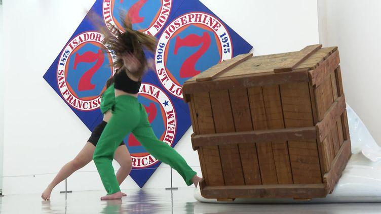 "Lorrie Ven et Cléa Raspati-Olivencia, danseusesde la compagnie ""Les Willy's"" (Y. Fournigault)"
