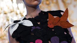 Imane Ayissi couture printemps-été 2021, à la semaine de la haute couture à Paris, le 23 janvier 2020 (ANNE-CHRISTINE POUJOULAT / AFP)
