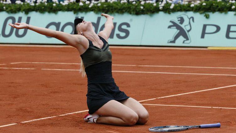 Marai Sharapova triomphe Porte d'Auteuil (PATRICK KOVARIK / AFP)