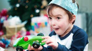 """""""Faire croire au père Noël ou pas""""est l'un des débats classiques qui ponctuent les fêtes de fin d'année. (NICK DALY / IMAGE SOURCE)"""