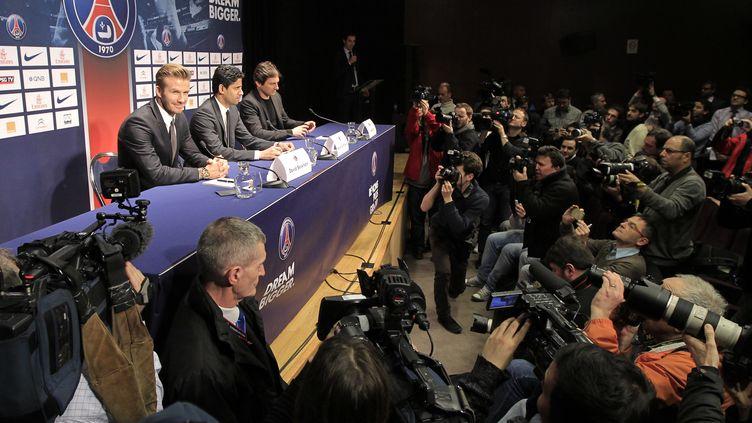 La conférence de presse de l'arrivée de David Beckham au PSG, le 31 janvier 2013, au Parc des Princes (Paris). (GONZALO FUENTES / REUTERS)