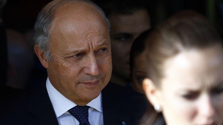 Le ministre des Affaires étrangères Laurent Fabius, le 9 novembre 2013, à Genève (Suisse). (DENIS BALIBOUSE / REUTERS)