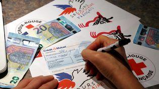 Lafondation France Générosités constate une baisse drastique des dons aux associations depuis la transformation de l'impôt sur la fortune en impôt sur la fortune immobilière. (JULIO PELAEZ / MAXPPP)