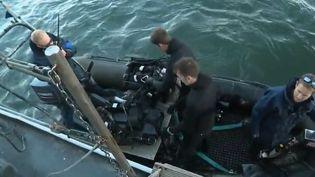 Exceptionnellement, France 2 a été autorisé à monter sur l'Andromède, un des chasseurs de mines de la marine nationale. Actuellement, il sillonne la Manche. (FRANCE 2)