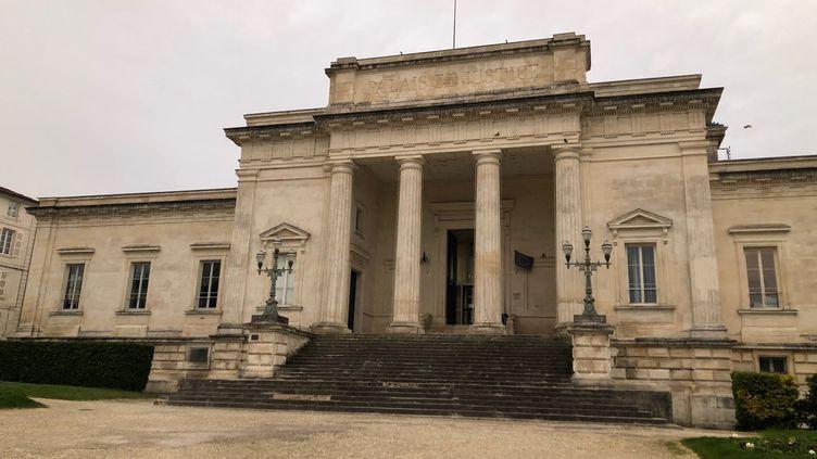 Le tribunal de Charente-Maritime à Saintes, en janvier 2020. (MARGAUX STIVE / RADIO FRANCE)