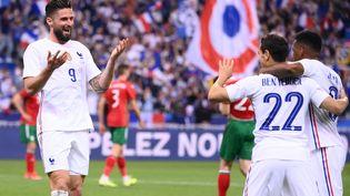 Olivier Giroud, Wissam Ben Yedder etThomas Lemar ont été décisifs contre la Bulgarie après être entré en cours de jeu, le 8 juin (FRANCK FIFE / AFP)