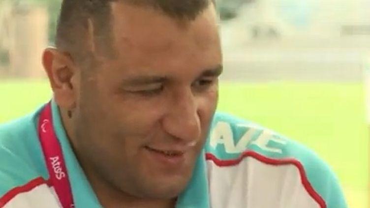 Ilham Zakiyev double champion paralympique (FTV)