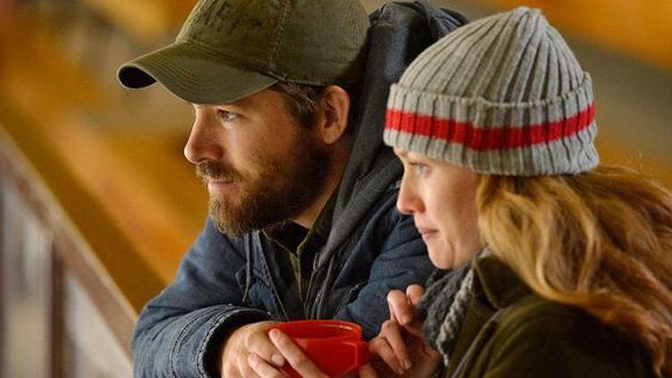 "Ryan Reynolds et Mireille Enos dans ""Captives"" de Atom Egoyan  (ARP Distribution)"