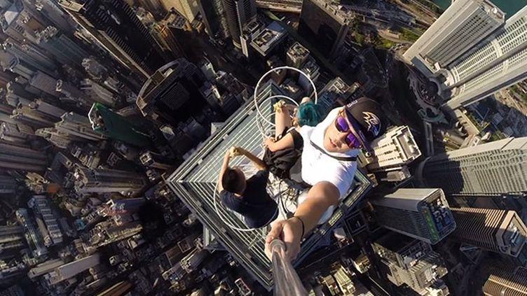 Le selfie le plus dangereux du monde. (DANIEL LAU)