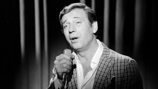 Yves Montand  (Claude James / Ina)