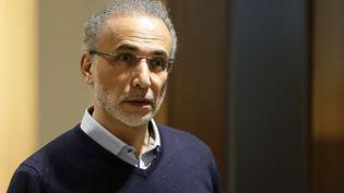 L'islamologue Tariq Ramadan au palais de justice de Paris, le 13 février 2020. (THOMAS SAMSON / AFP)