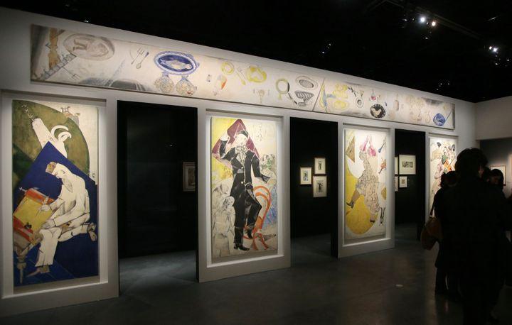 Les quatre Allegories du Théâtre d'art juif  (JACQUES DEMARTHON / AFP)